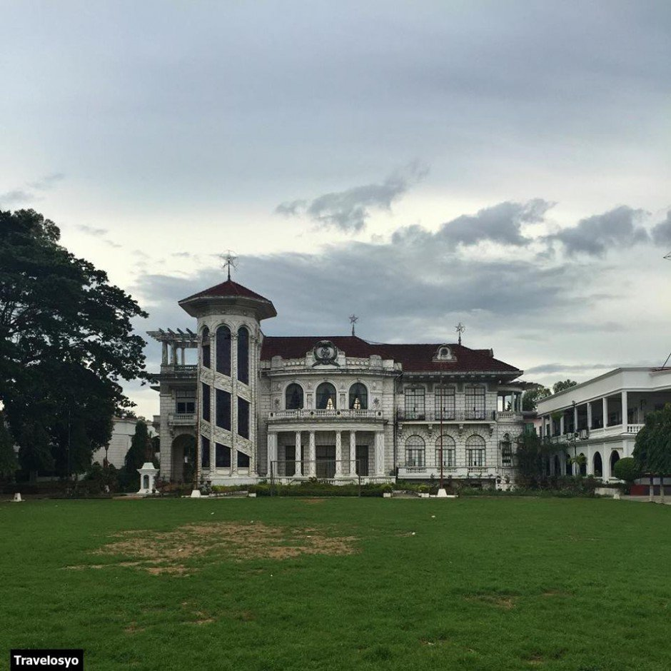lizares mansion