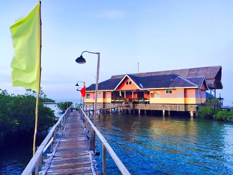 La Entrada Beach Resort