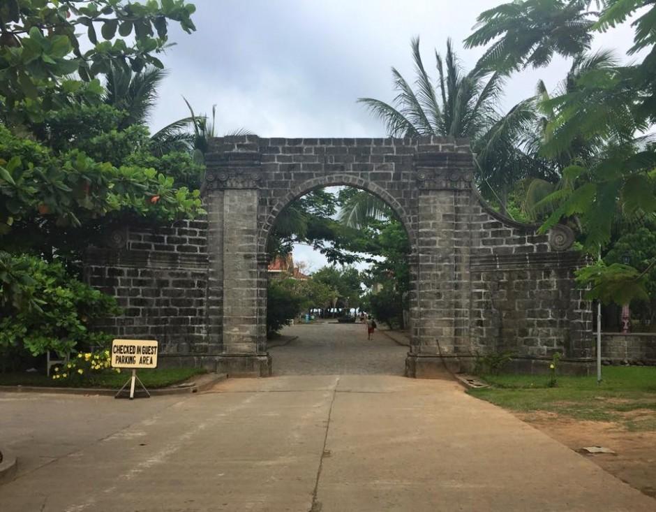 Las Casas Entrance Gate