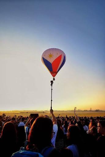 Hot air balloon philippine flag