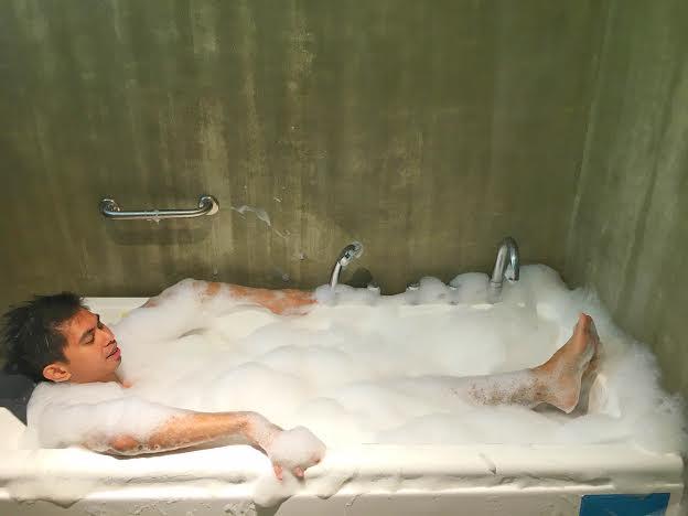 Casa Alegria Bathtub