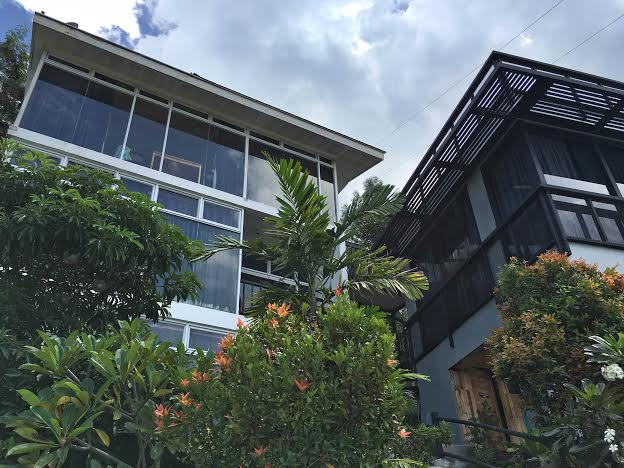 Casa Alegria building