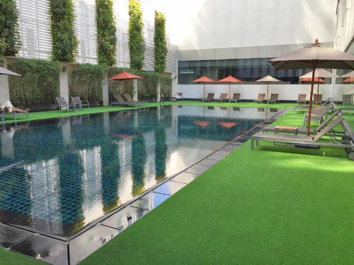 Mandarin Hotel Bangkok Pool