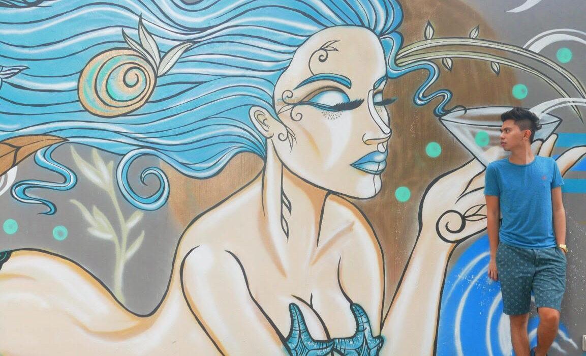 IM Hotel mermaid bar