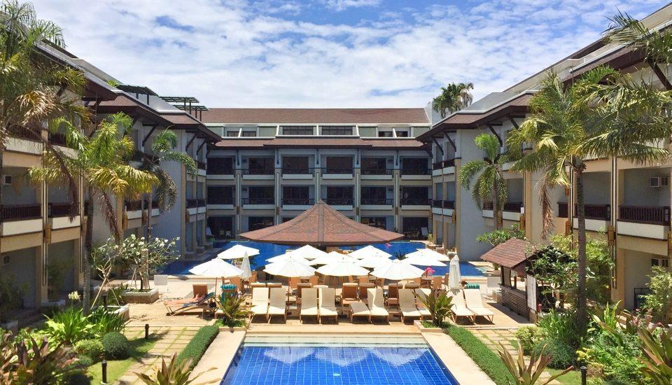 A Luxurious Stay in Boracay at Henann Regency Resort & Spa