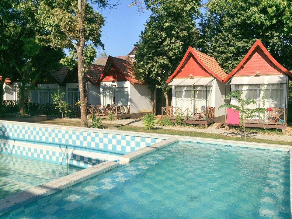 Magic Monkey Garden Bungalow and Dormitory
